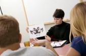 Colegiul Psihologilor acuză Ministerul Educaţiei de ilegalităţi