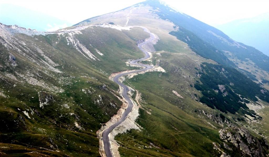 Traficul pe Transalpina, restricţionat